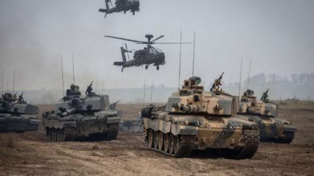 أسلحة ثقيلة ودرونات وفرق من المشاة تتحرك نحو وجدة.. الجيش المغربي يستعد لمناورات عسكرية بالحدود الشرقية
