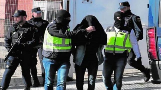 بتعاون مع الأمن المغربي..الشرطة الإسبانية تفكك خلية إرهابية خطيرة