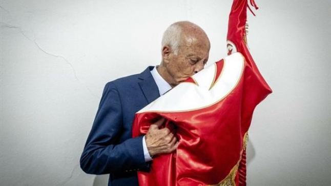 أول قرار من قيس سعيد بعد فوزه برئاسة تونس