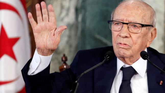 الرئيس التونسي يغادر المستشفى خلال يومين وسياسيون يشيدون بمصداقية الإعلام في التعامل مع وضعه الصحي