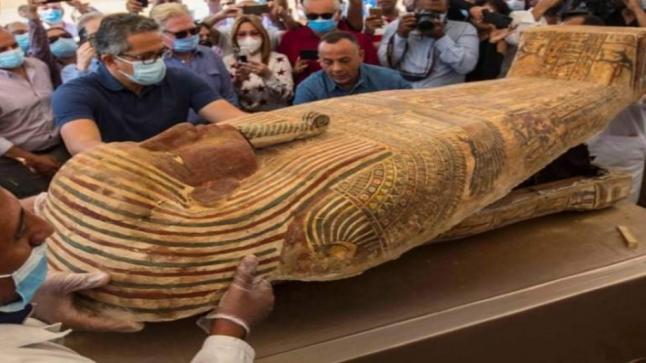 الحضارة المصرية القديمة تكشف عن مزيد من أسرارها.. الوصول إلى 59 تابوتا فرعونيا بالجيزة