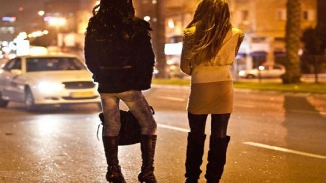 القصاير والبغاء وهز وحط على مرآى ومسمع السلطات بشارع محمد الخامس بأكادير