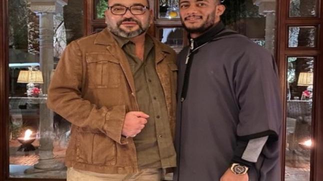 الفنان المصري محمد رمضان ينشر صورته مع الملك محمد السادس ويُعايده بمناسبة عيد ميلا ولي العهد الـ17