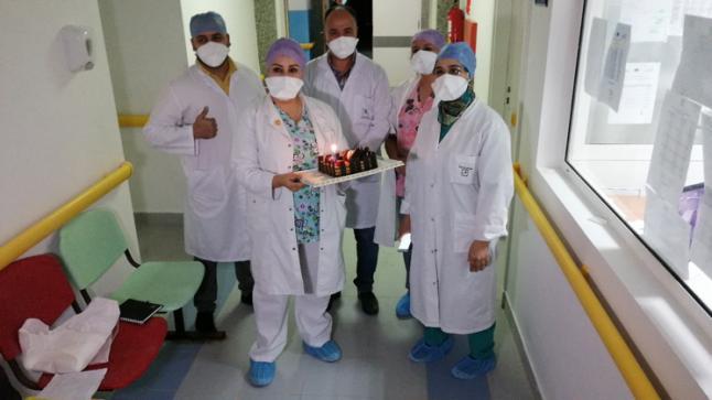 الاحتفال في مستشفى الجديدة بعيد ميلاد طفل مصاب بالفيروس