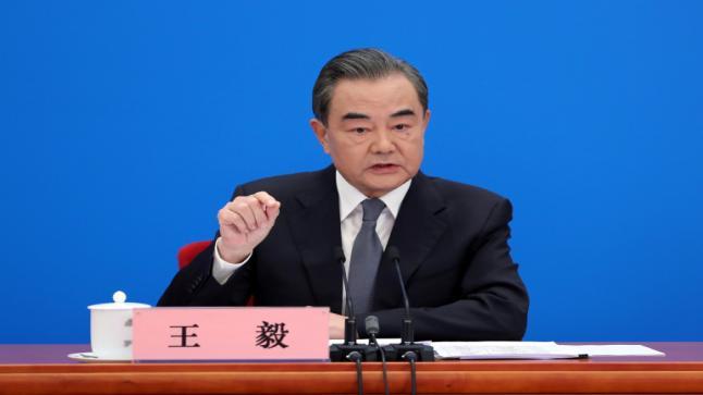 وزير الخارجية الصيني: بكين و واشنطن تقتربان من حافة حرب باردة جديدة