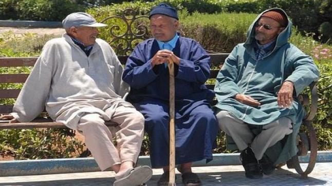 المتقاعدون المغاربة.. معاناة مأساوية في خريف العمر