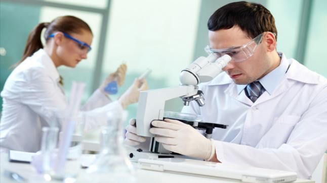 """إكراهات تواجه البحث العلمي بالمغرب.. تعقد وبطء المساطر الإدارية و""""ضعف التمويل وهجرة الكفاءات"""